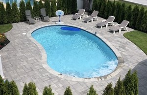 Concrete Residential Pool #093 by PM Pool And Spas